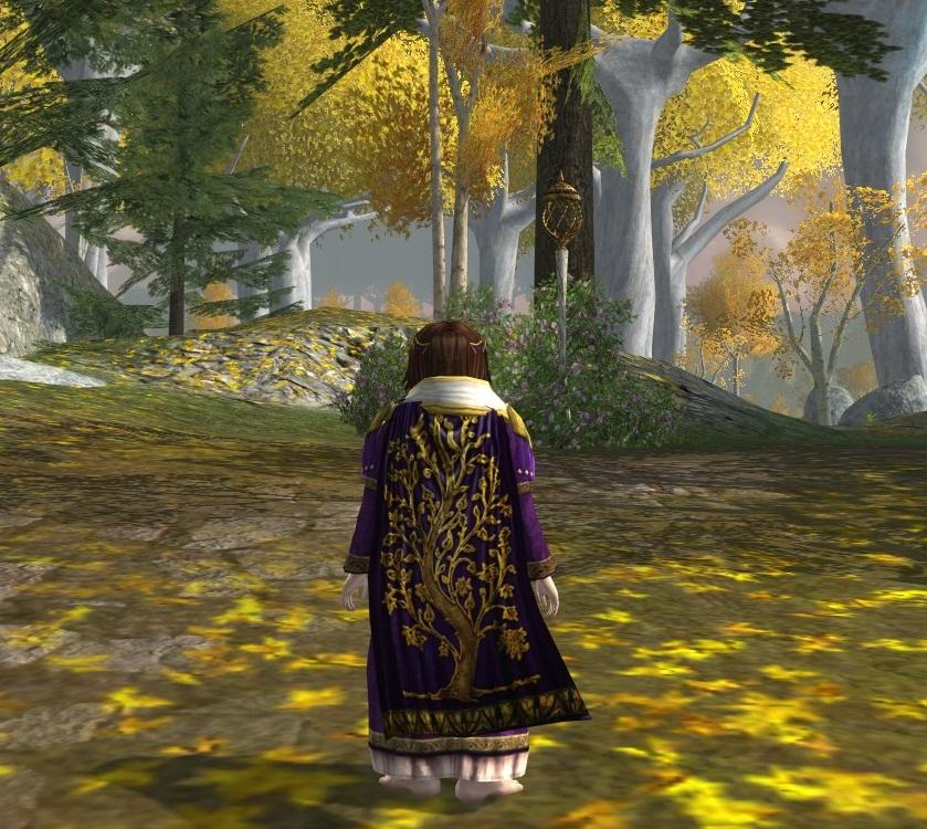 Golden tree-cloak